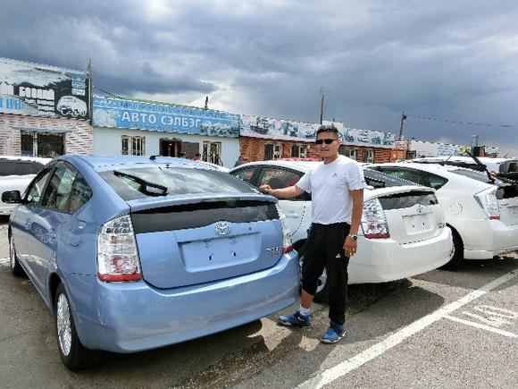 Mongolians love their prius hybrids for Motor city auto center