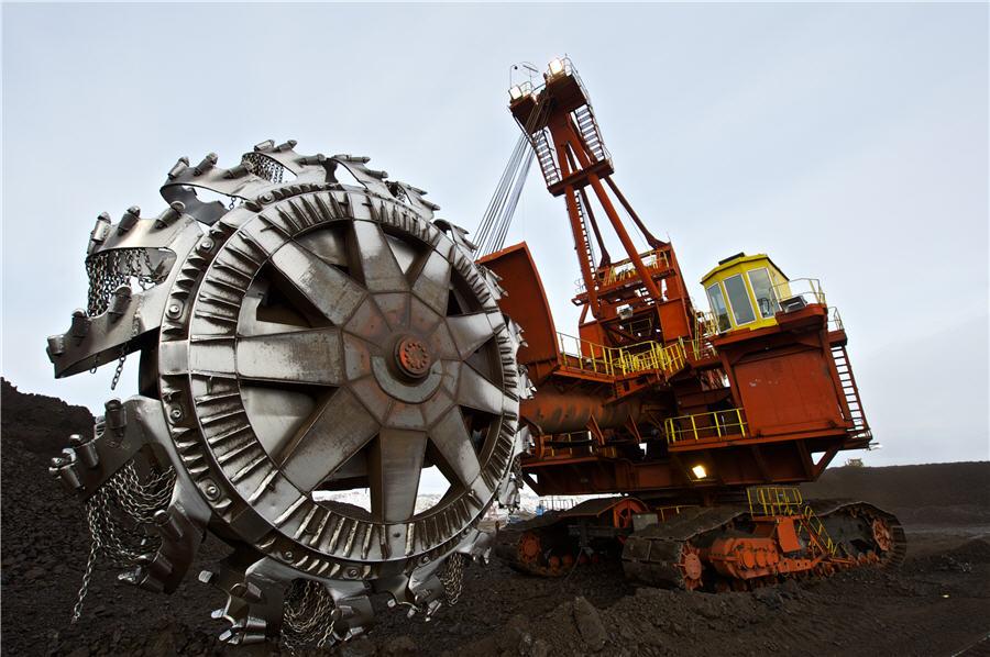 http://www.unuudur.com/wp-content/uploads/Is-there-a-future-for-the-Russian-coal-industry-Pereyaslovskiy-coal-mine-in-Krasnoyarsk-territory.jpg