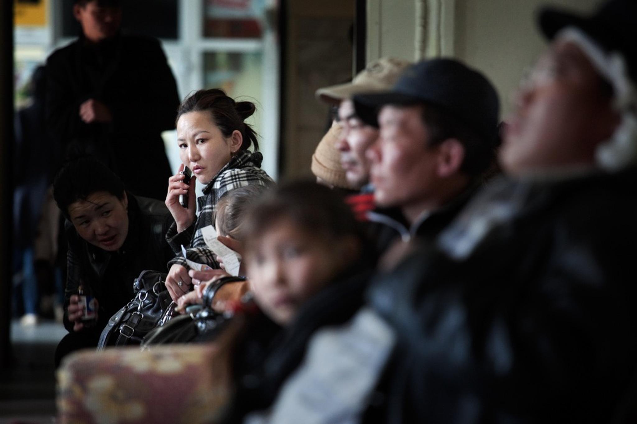 Mongolia's new urbanites take to banking