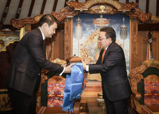 Mongolia parliament elects new leader