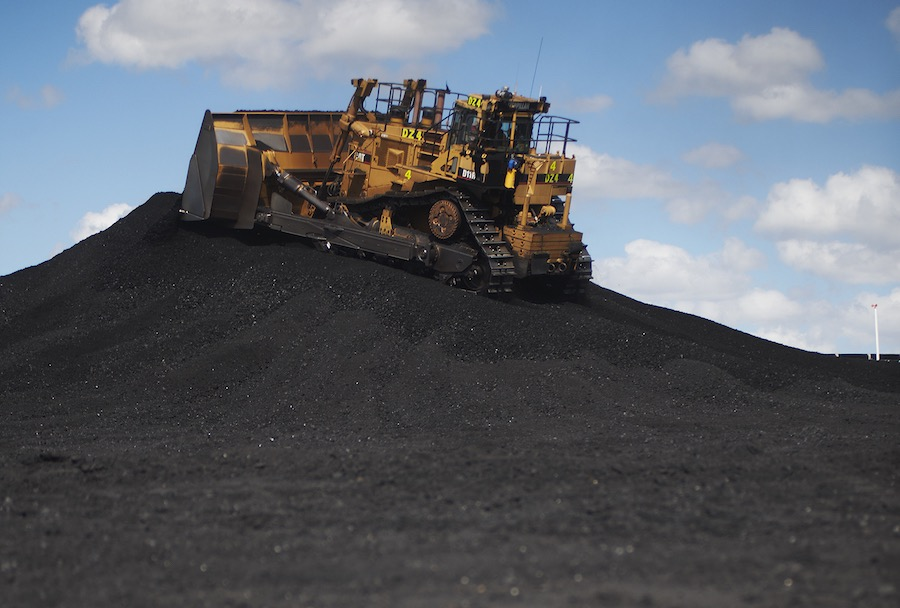 hr challenges with qld coal mining Mining in australia is a non-traditional industry for women this has been so in all sectors of the industry, whether the minerals being mined occur as 'solids such as coal and ores, liquids such as crude petroleum, or gases such as natural gas' (australian bureau of statistics 2006) whether mining occurred in hard rock for metals (such as.