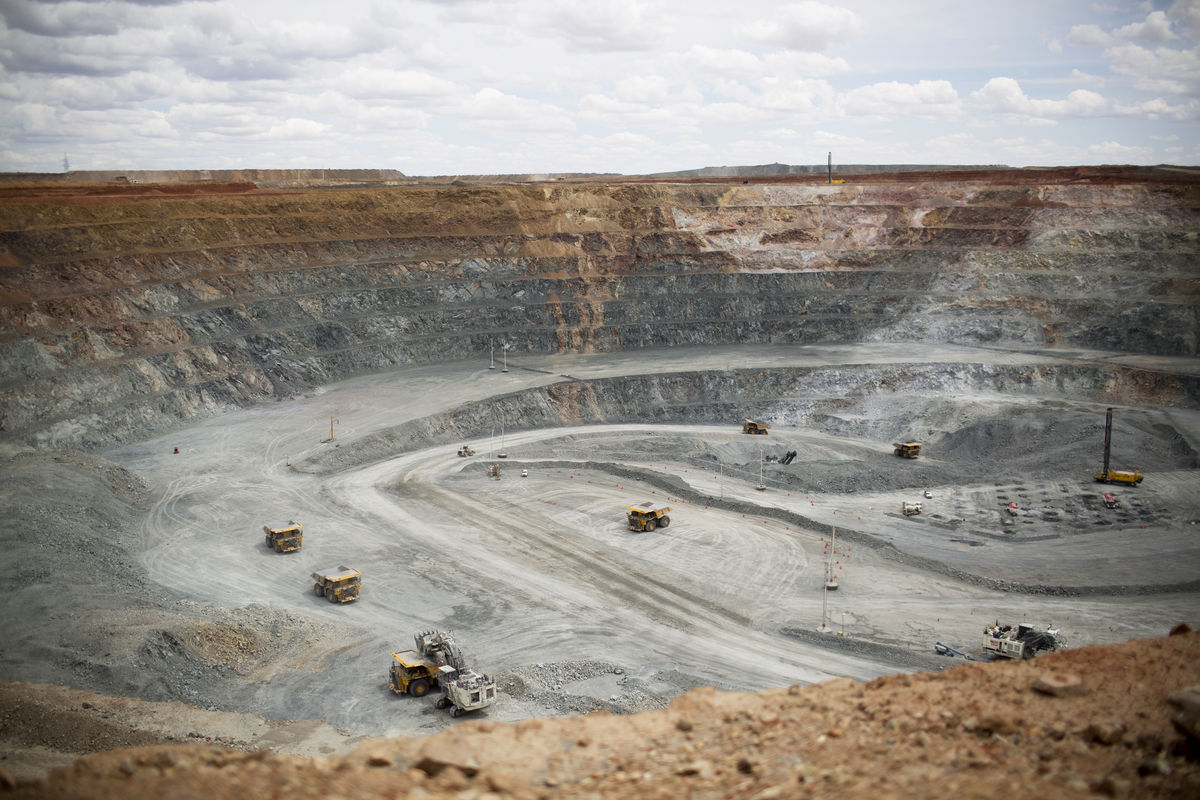 what are the five basics for mining group gold I've scoured through various gold mining newsletters and websites to find the top news of the past month here's a recap of the top news from the gold mining sector for july 2018 10.
