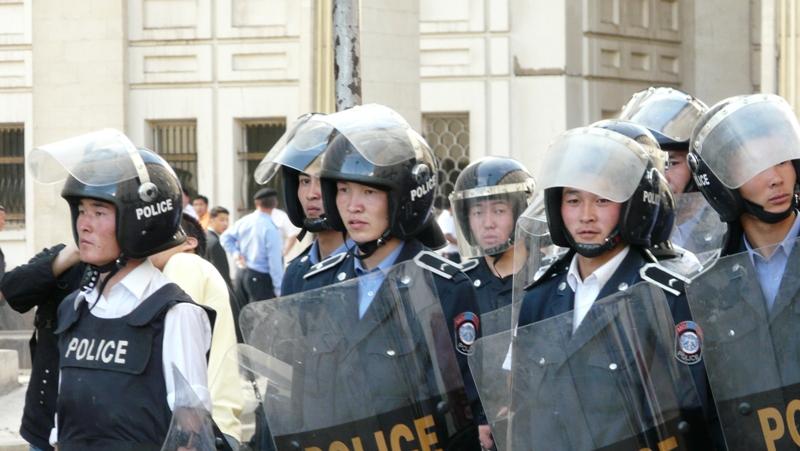 2008 оны 7-р сарын 1, 19:10, МАХН-ны Төв байрны зүүн хойд булан